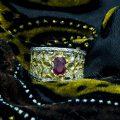 Anello a Fascia Bicolore con Rubini e Brillanti